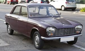 Peugeot_204_front_20120630