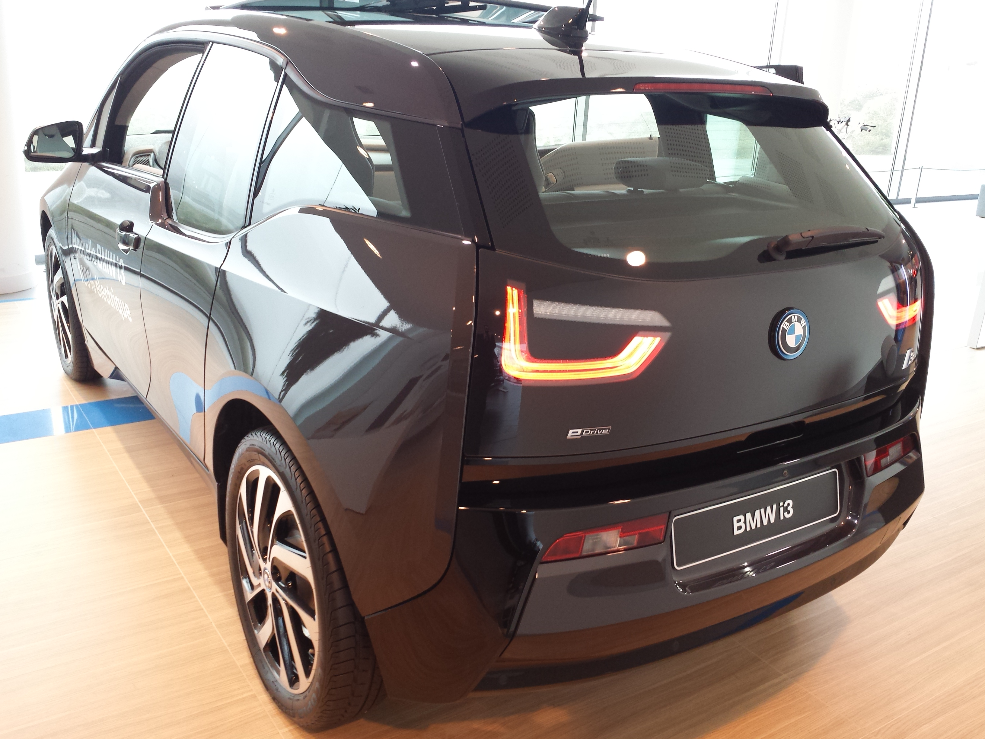 bmw i3 essai routier pisode 2 essais. Black Bedroom Furniture Sets. Home Design Ideas
